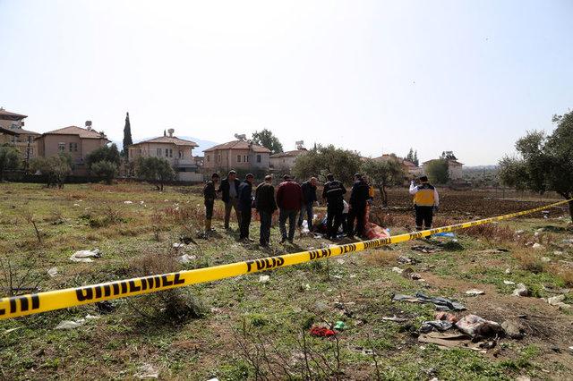 Hatay Antakya'da çocukların bulduğu çuvaldan erkek cesedi çıktı