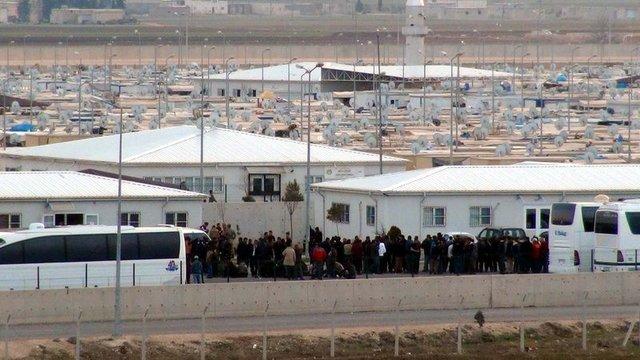 Türkiye'de eğitilen Suriyeli polisler Suriye'ye gidiyorlar