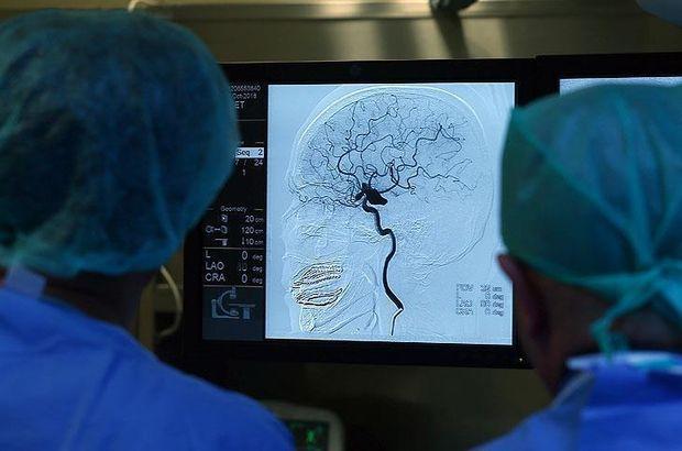 Derin beyin uyarımı, anoreksiya tedavisi için umut olabilir!