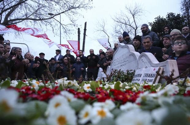 Erbakan mezarı başında anıldı