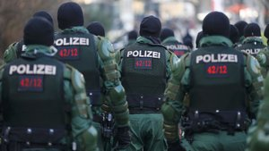 2016'da Almanya'da sığınmacılara 3 bin 522 saldırı
