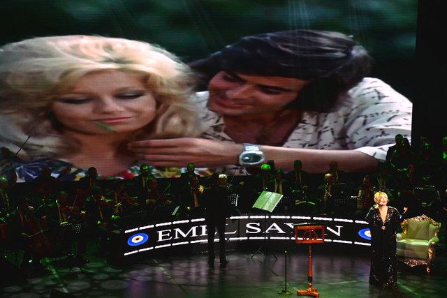Emel Sayın'dan nostaljik konser