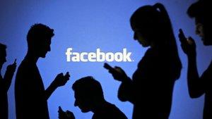 """Facebook, kullanıcılarına """"Hesabınız ele geçirilmiş"""" uyarısında bulundu"""