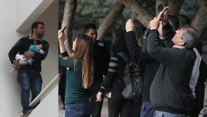 Adana'da bir kişi 17 aylık bebeğiyle intihar girişiminde bulundu