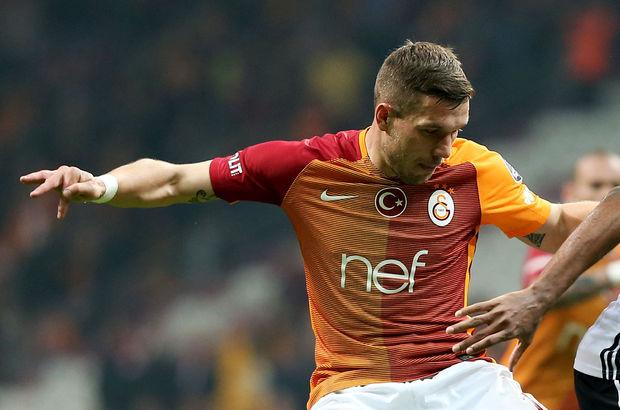Lukas Podolski önce 3, sonra 4 yıldızlı formayla sahada!
