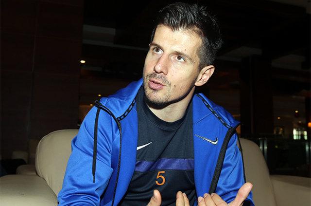 """Emre Belözoğlu: """"Fatih Terim'den kaybetmeme isteğini öğrendim. 1 yıl sonra futbolu bırakmayı düşünüyorum"""""""