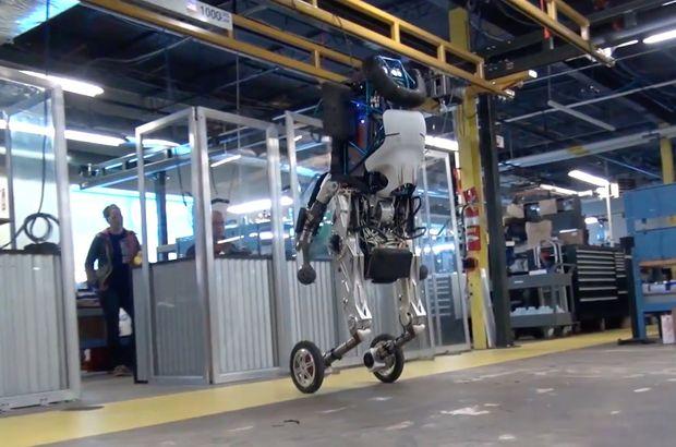 Boston Dynamics, sıçrayabilen Robot Handle'ı tanıttı!