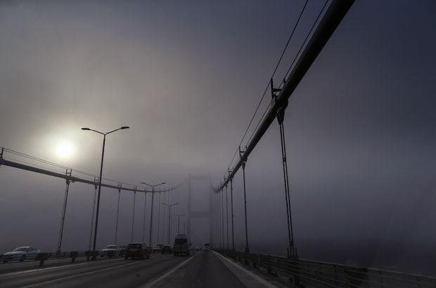 İstanbul'da birçok şehir hatları seferi iptal edildi. İDO'da bazı seferlerini iptal etti