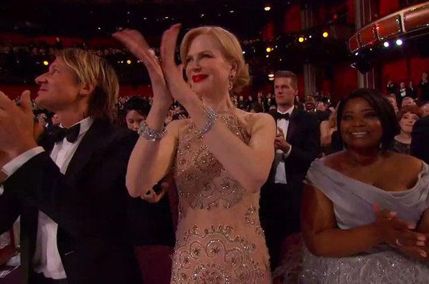 Nicole Kidman'dan Oscar gecesine damga vuran
