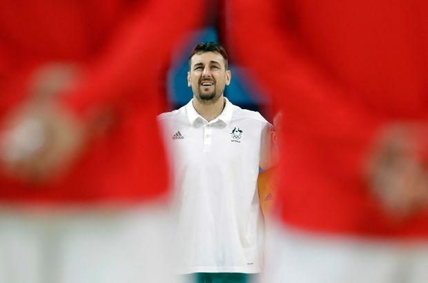 Andrew Bogut, Cleveland Cavaliers'ta!