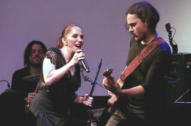 Emre Kula, eşi Sertab Erener'e rakip oluyor