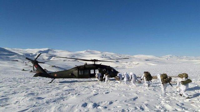 Ağrı Tendürek Dağı'nda 15 mağara imha edildi