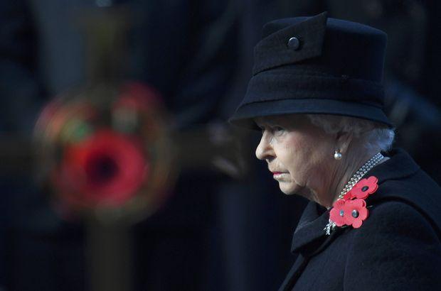 Aman Kraliçe duymasın: Gazeteye ilan verdi, o taht benim dedi!