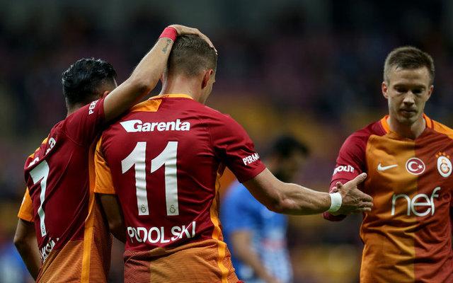 Podolski'nin transferi şaşırttı!