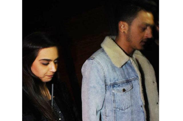 'Amine Gülşe ile Mesut Özil yaza evleniyor' iddiası