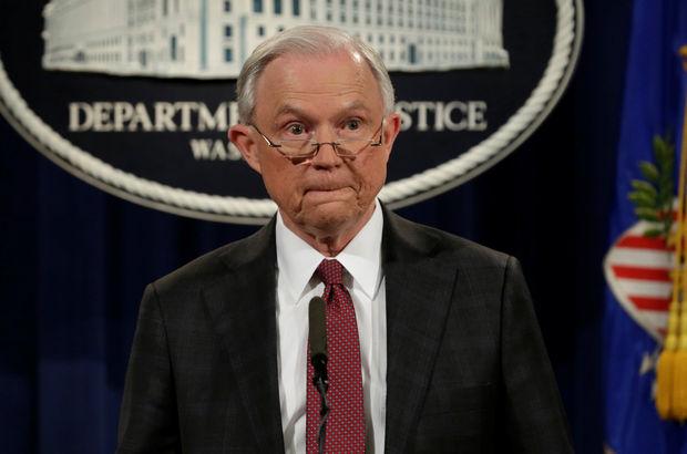 ABD Adalet Bakanı Sessions 'soruşturmalardan çekildi'