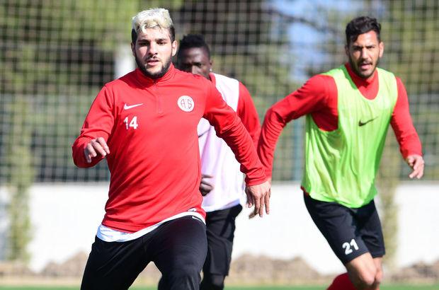 Mustafa El Kabir, Galatasaray maçında oynamak istiyor!