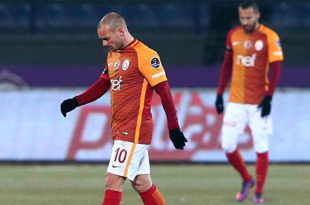 Sneijder sakatlandı! Sneijder ne kadar süre sakat?