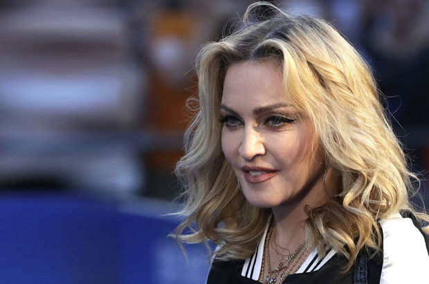 Madonna, Konya'da yer alan Mevlana Türbesi'ni ziyarete geliyor