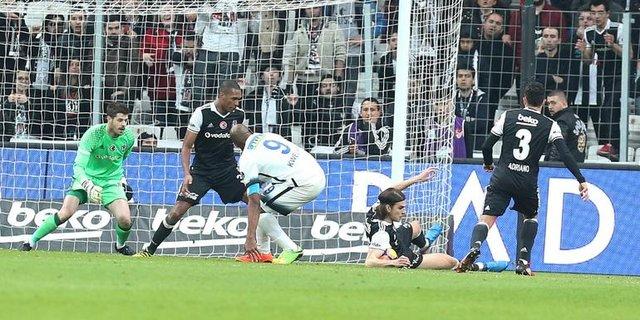 Beşiktaş - Çaykur Rize maçında 'penaltı' tartışması