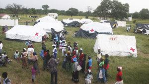 Zimbabve'de sel felaketi 246 can aldı