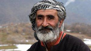 Van'da bir kişi boşaltılan köyünde tek başına yaşıyor
