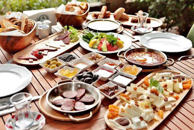 Gelirimizin ne kadarı yemeğe gidiyor?