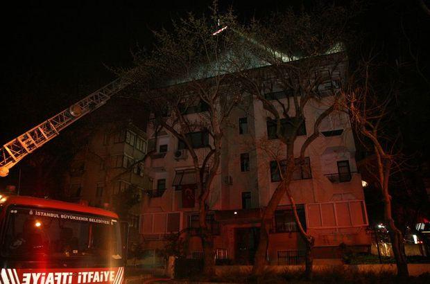 İstanbul  Kadıköy çatı katı yangın