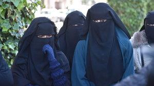Avusturya'da burka yasağı temmuzda yürürlüğe girecek