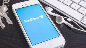 Twitter, iphone kullanıcılarına nefes aldıracak