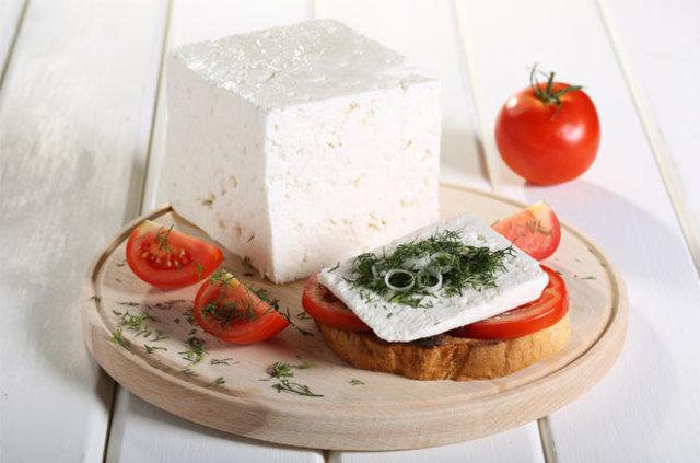 Meme kanseri riskini yoğurt azaltırken krem peyniri artırıyor