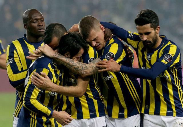 Fenerbahçe'de kimler takımdan gönderilecek?