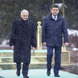 Yıldırım'dan Ukraynalı mevkidaşıyla ortak basın toplantısı