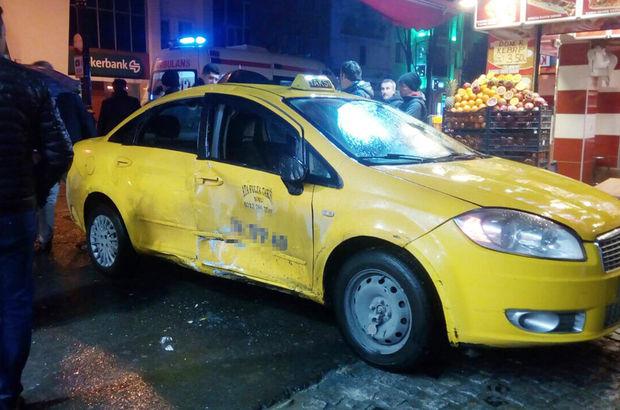 Fatih'te tramvay taksiye çarptı : 4 yaralı