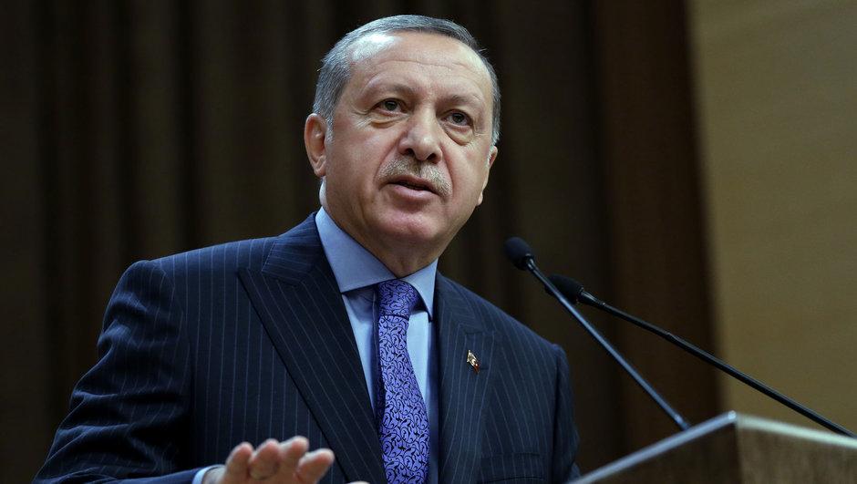 Cumhurbaşkanı Erdoğan: ''Rotterdam ile İstanbul kardeş şehir olamaz''