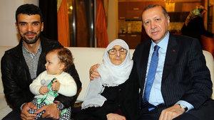 Cumhurbaşkanı Erdoğan'dan Kenan Sofuoğlu'na ziyaret