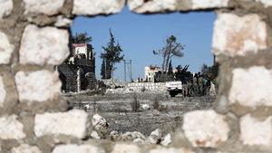 Halep'te camiye saldırı: 58 ölü