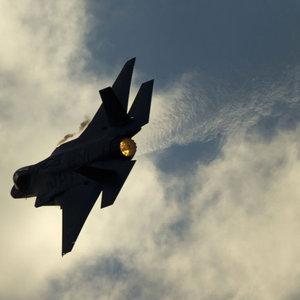 Suriye ordusu: İsrail jetini düşürdük!
