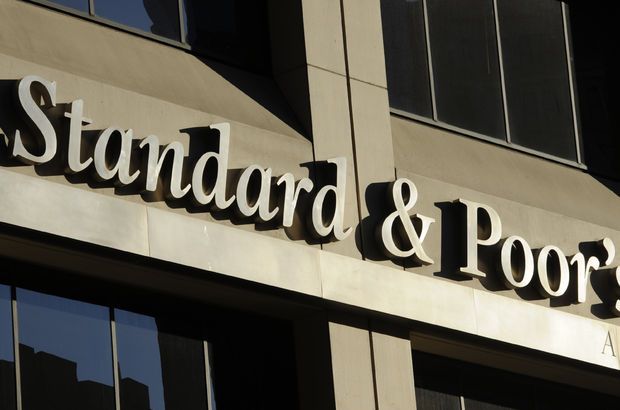 Standard and Poor's Rusya