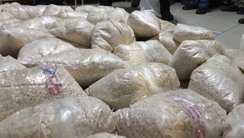 Kocaeli'de 2 milyon uyuşturucu hap