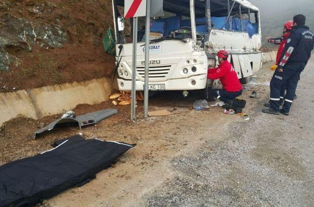 İşçileri taşıyan minibüs ile TIR çarpıştı! Ölü ve yaralılar var