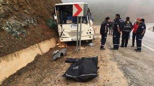 Balıkesir ve Kütahya'da işçi servisleri kaza yaptı: 3 ölü, 9'u ağır 35 yaralı