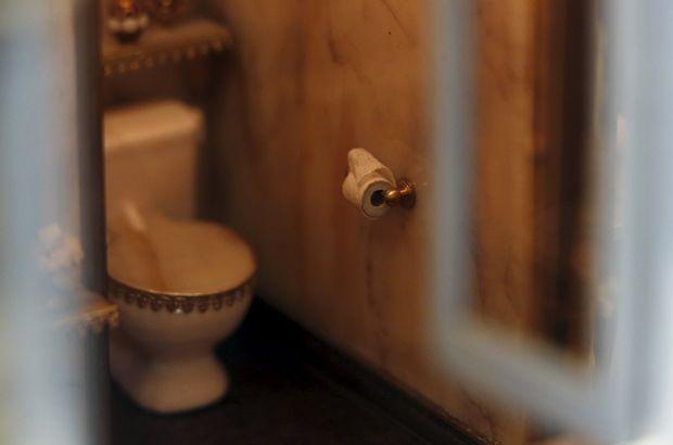 Çin'de tuvalet kağıdı hırsızlığına karşı ilginç önlem!