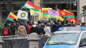 Almanya'dan sonra Hollanda da PKK'nın eylemine izin verdi