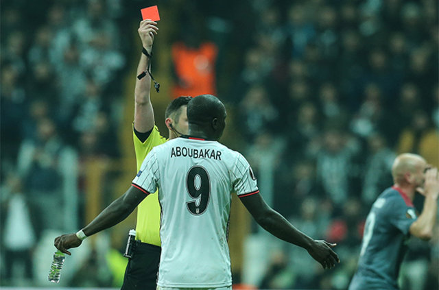 Beşiktaş'tan Aboubakar'a 270 bin Euro'luk ceza!