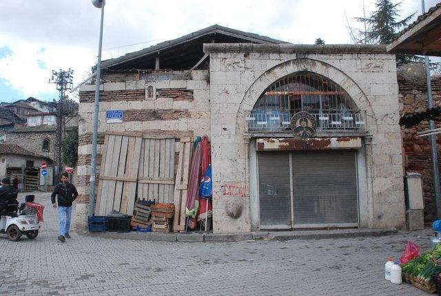 Tokat'ta I. Sultan Mahmut Dönemi'nden kalma tarihi han satılığa çıkarıldı!