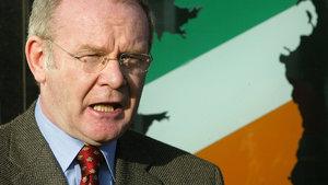 Sinn Fein liderlerinden Martin McGuinness hayatını kaybetti