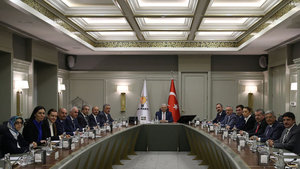 AK Parti Avrupa gezilerini tamamladı