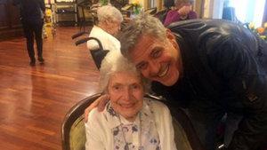 George Clooney'den 87 yaşındaki hayranına sürpriz