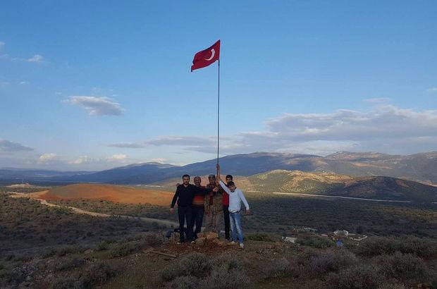 Sınır noktasına Türk bayrağı diktiler!